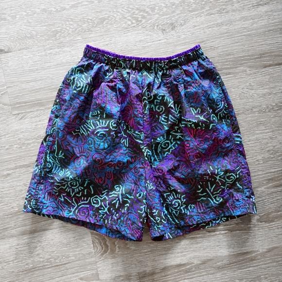 NIKE ACG retro hip hop vintage windbreaker shorts.  M 5b84d7aa1b3294ff3ea800c5 941a723cd